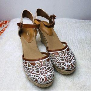 Cato Closed Toe Lace Wedge Sandal Sz 7